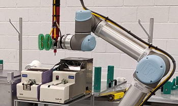 UK Collaborative robot automation solutions - Screw fixing applications